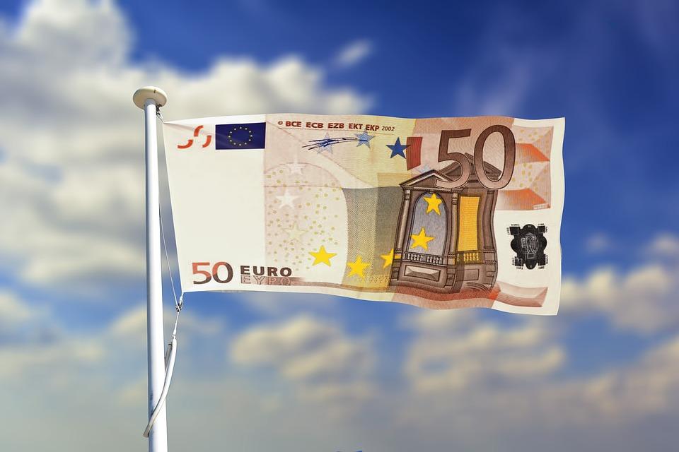 billet de 50euros sous forme de drapeau